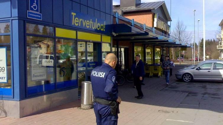 Poliisi: Pommiuhkauksetkin kopioituvat julkisuuden takia