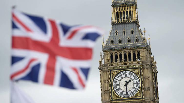 Brittiparlamentti näytti brexitille vihreää valoa