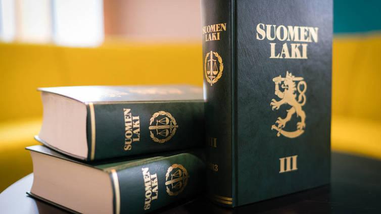 Suomen hallitus pohtii tuomioiden koventamista