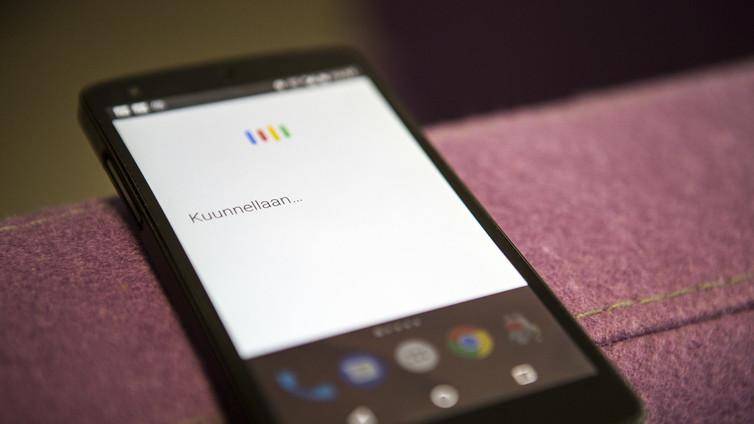 Varo mitä puhut kännykkään – Google tallentaa puheesi