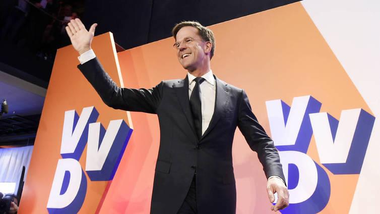 Hollannissa sulatellaan vaalitulosta