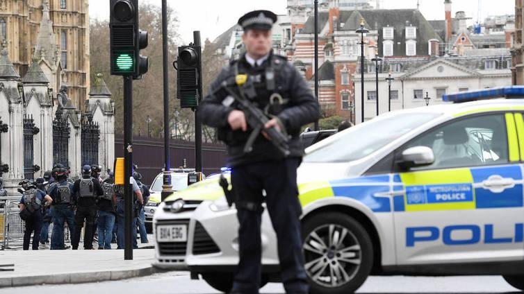 Lontoon terrori-iskussa useita kuolonuhreja