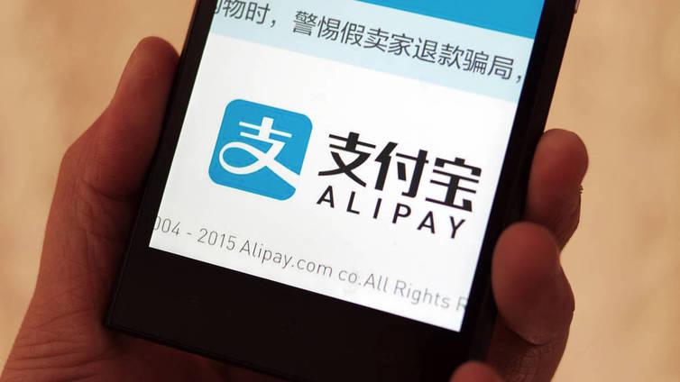 Kiinalainen turisti kaipaa tuttua mobiilimaksutapaa myös Suomessa
