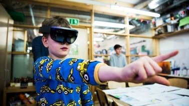 Tulevaisuuden kaupunki rakentuu virtuaalilasit päässä
