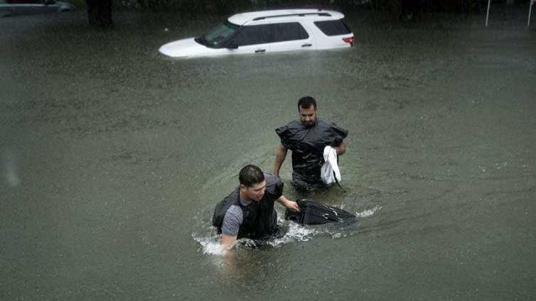 Miljoonakaupunki Houston valtavien tulvien vallassa