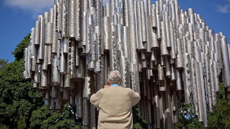 Vihatusta Sibelius-monumentista kasvoi yksi Helsingin suosituimmista nähtävyyksistä