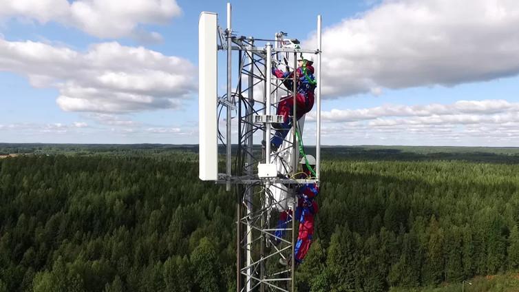 Huippunopea 5G-verkko mullistaa autoliikenteen