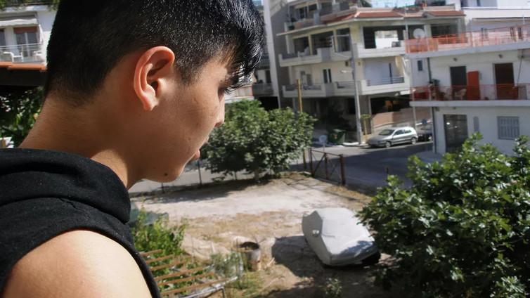 """Kreikan pakolaisleirillä jumissa oleva Fahim: """"Halusin vain jonnekin turvaan"""""""