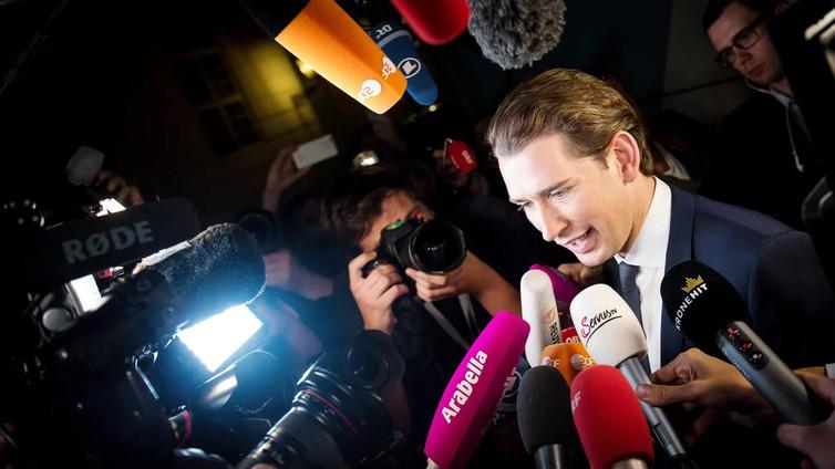 Oikeistopuolueet jyräsivät Itävallan vaaleissa - 31-vuotiaasta Sebastian Kurzista tulossa uusi liittokansleri