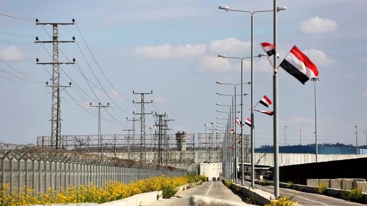 Hamas luovutti Gazan rajat