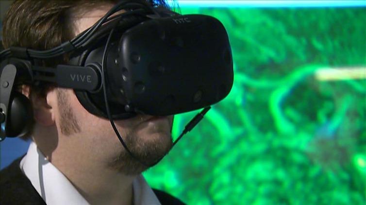 Terveysteknologia mahdollistaa älylaastarit ja virtuaalikuvan leikkaussaliin