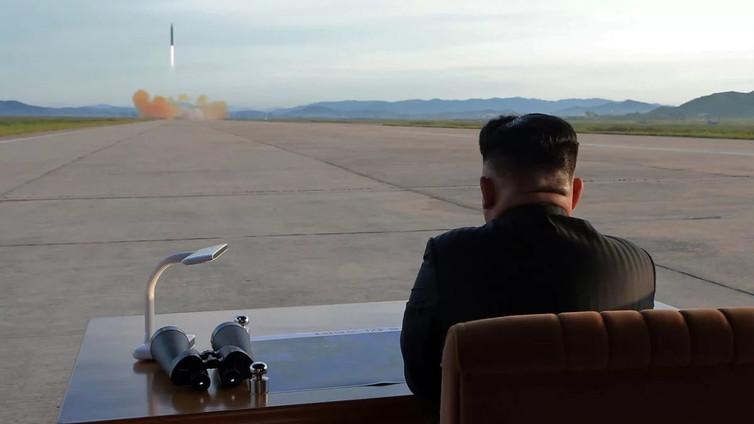 Pohjois-Korea uhitteli jälleen uudella ohjuskokeella