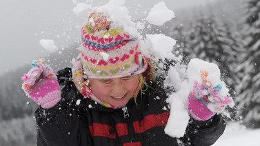 Ovatko lumileikit katoavaa kansanperinnettä?