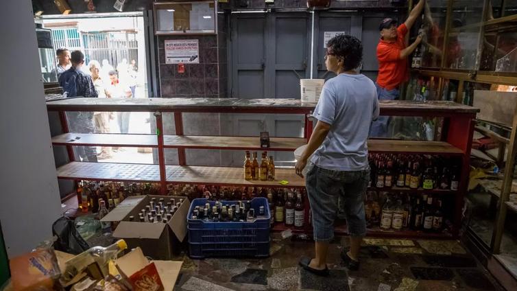 Venezuelassa on pulaa ruuasta ja lääkkeistä