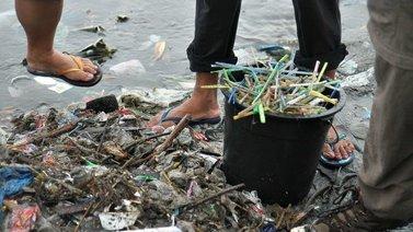 Meriin kertynyt muovijäte innostanut korvaavien tuotteiden kehittämiseen