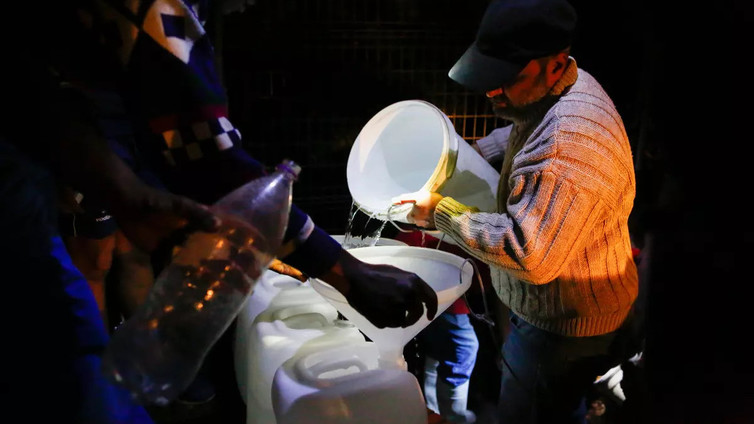 Kapkaupungista uhkaa loppua makea vesi