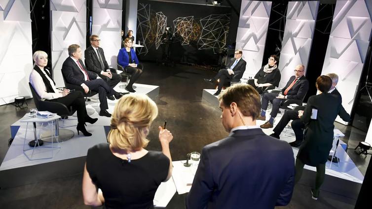 """Niinistö Svenska Ylen tentissä: """"Vastaisuudessa oltava tarkempi Lähi-idän asevientilupien kanssa"""""""