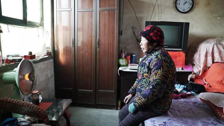 Kiina suitsii hiilen polttoa – moni kärsii nyt kylmyydestä