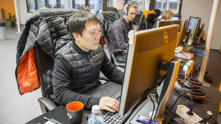 Korealainen koodari muutti töihin Kainuuseen – ylipitkät työpäivät jäivät taakse
