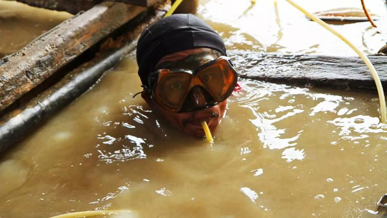 Kullankaivajien työ Filippiineillä on hengenvaarallista