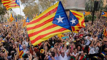 Katalonialaiset vaativat uuden aluehallituksen muodostamista