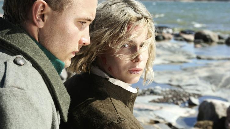 Tunnetut naisnäyttelijät kertovat ohjaaja Aku Louhimiehen kyseenalaisista metodeista ja vallankäytöstä