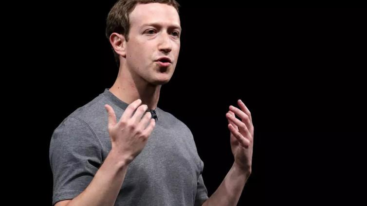 Käyttäjätietokohu horjuttaa Facebookin mainetta
