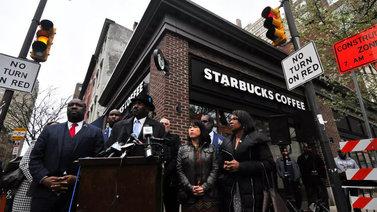 Starbucks-ketju laittaa koko henkilöstön ennakkoluuloja kitkevään koulutukseen Yhdysvalloissa