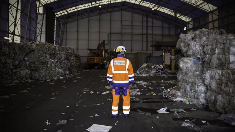 Verkkokaupan muovit sotkevat kierrätystä
