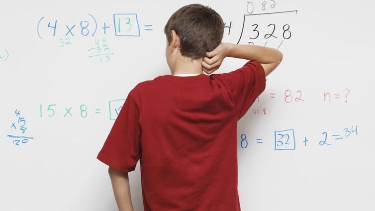 Suomalaiset osaavat matematiikkaa yhä huonommin, vaikka sitä tarvittaisiin koko ajan enemmän