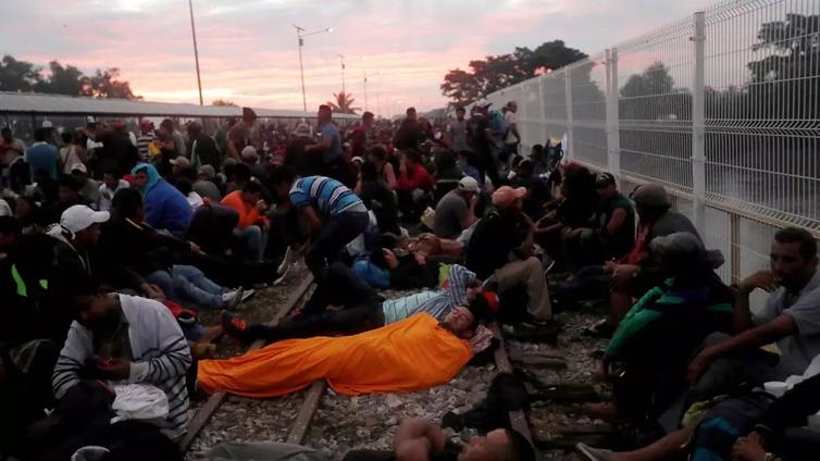 Yhdysvaltoihin pyrkivien kulkue jäi jumiin Guatemalan ja Meksikon rajalle