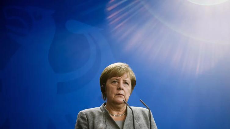 Liittokansleri Angela Merkelin hallitus sai siipeensä Hessenin osavaltiovaaleissa