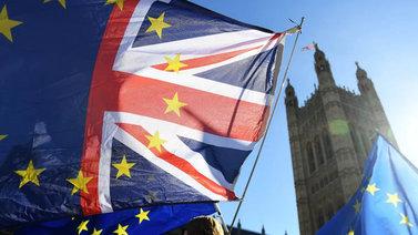 Britannian hallitus hyväksyi brexit-sopimusluonnoksen