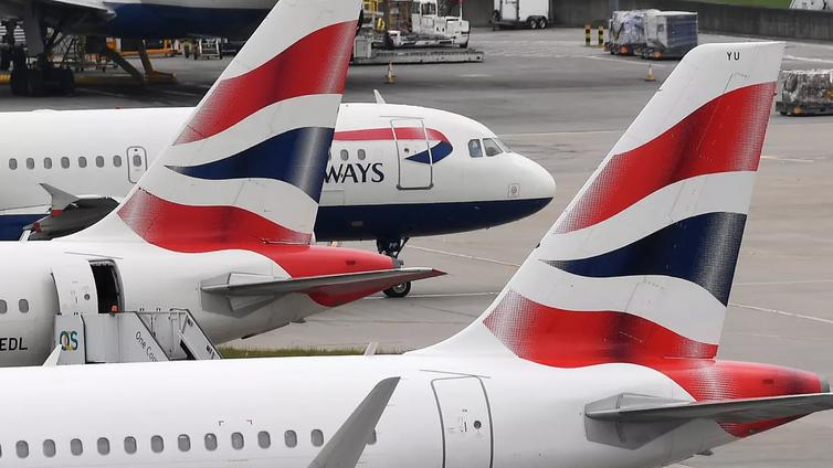 Brexit uhkaa EU:n ja Britannian välistä lentoliikennettä