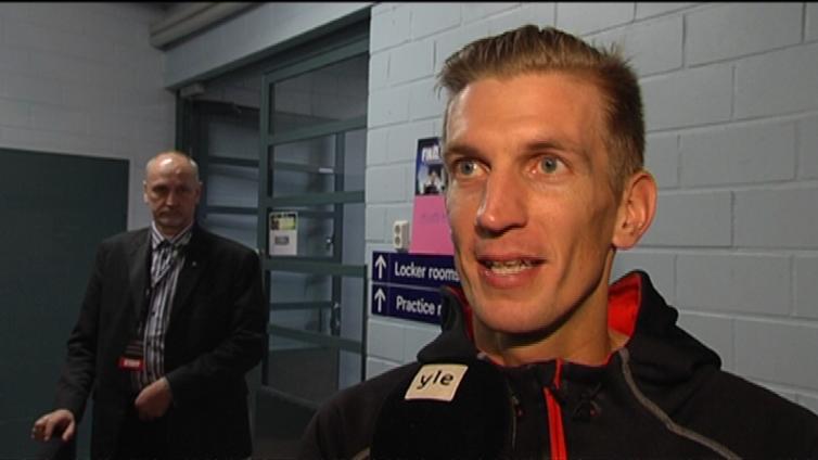Tennistähti Jarkko Nieminen järjesti näyttävät jäähyväiset