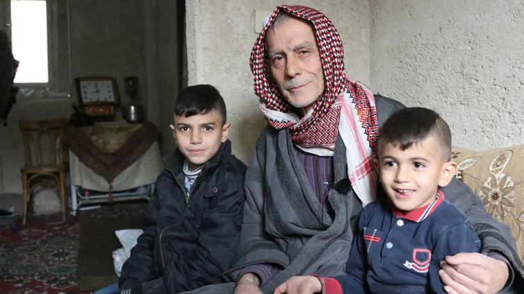 Damaskos elää kahdessa todellisuudessa – Keskustassa odotellaan turisteja, laitakaupungilla sinnitellään raunioissa