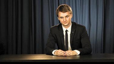 Vitali Kosarevin uutissatiiri vitsailee Venäjän politiikalle