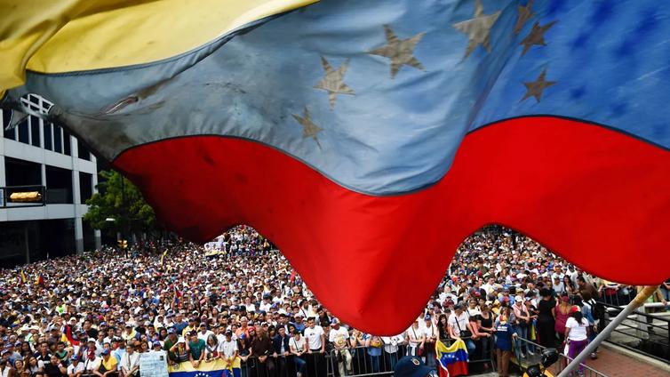 Venezuela romahti öljymahdista kerjäläiseksi