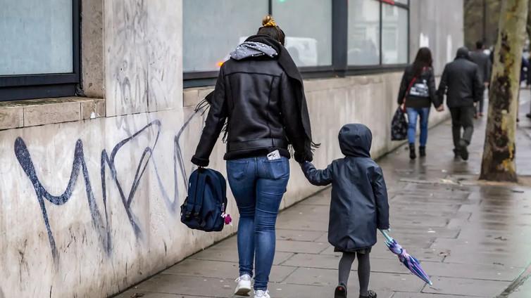 Britanniasta tuli kurjuuden kuningaskunta, jossa 4,5 miljoona lasta elää köyhyydessä