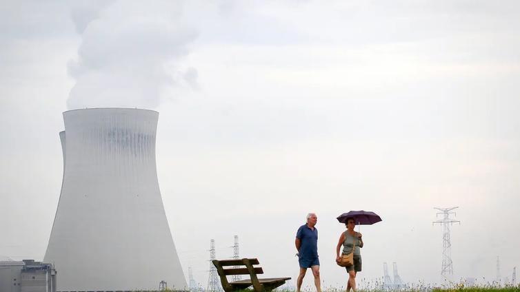 EU pyrkii ilmastopäästöjen nollaamiseen satsaamalla ydinvoimaan