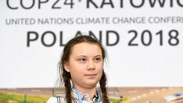 15-vuotias Greta Thunberg on Puolan ilmastokokouksen supertähti