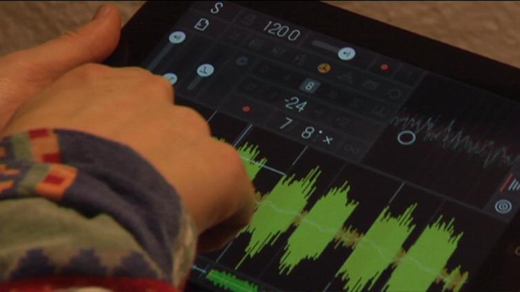Kokeellista musiikkia voi tehdä vaikka omalla puhelimella
