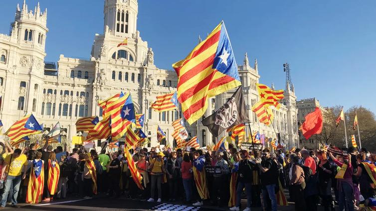 Katalonian itsenäisyys keskeinen vaaliteema Espanjassa
