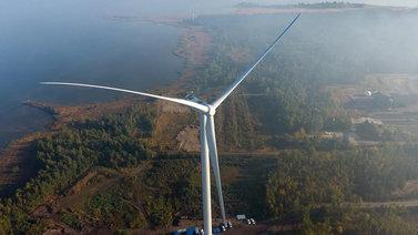 Suomeen rakennetaan uutta tuulivoimaa ennätystahtiin
