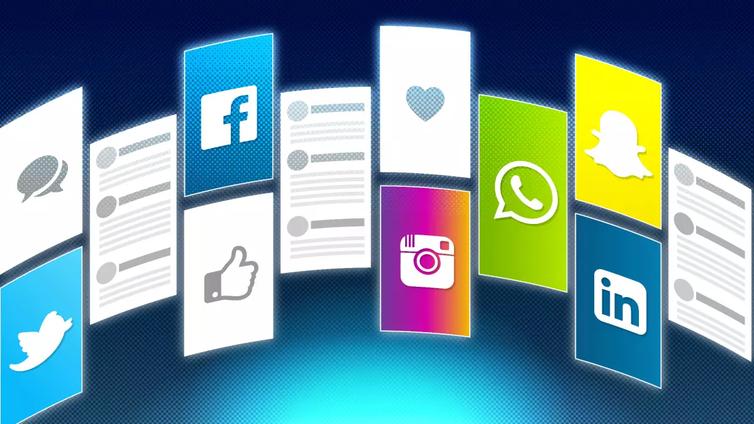 Nuoret viihtyvät Snapchatissa ja Instagramissa - vanhemmille kelpaa Facebook