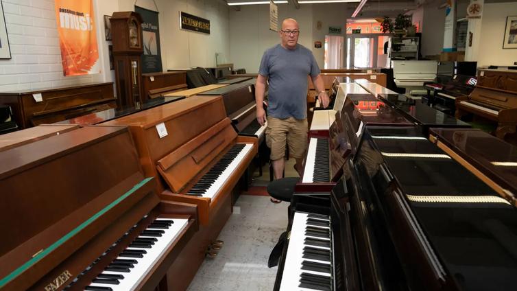 Digipianot romahduttivat akustisten pianojen markkinat