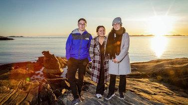 Grönlantilaiset nuoret kampanjoivat aktiivisesti ilmastonmuutoksen pysäyttämiseksi