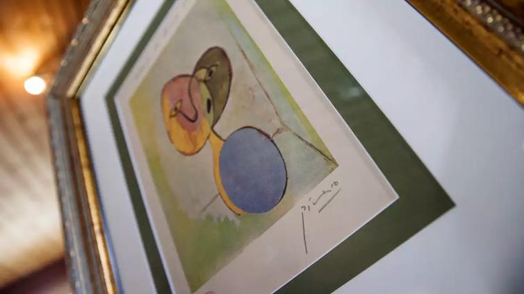 Kaupittelivatko taidemyyjät aitoa Picassoa, vai oliko teos pelkkä mustesuihkutuloste?