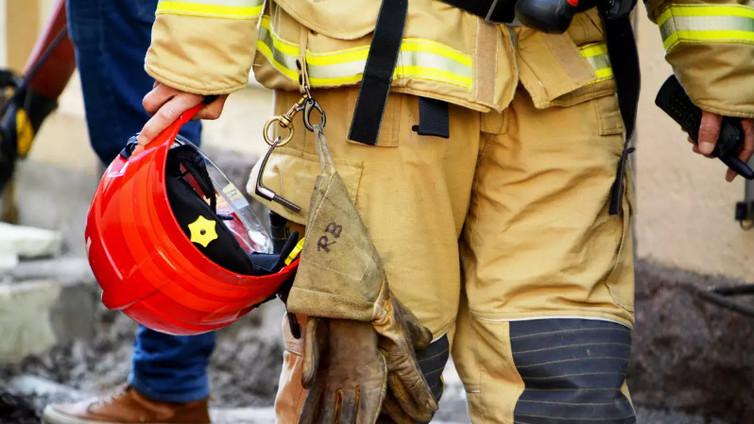 Paloissa syntyy yhä enemmän myrkkykaasuja, jotka kasvattavat palomiesten syöpäriskiä