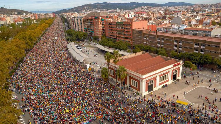 Yleislakko ja mielenosoitukset pysäyttivät Barcelonan
